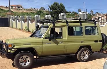 Getting to and Around Africa - Safari Vehicles
